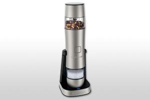 料理をしながら塩・コショウをボタン一つで挽ける!2in1のスタンド充電式ソルト&ペッパーグラインダー新発売